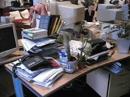 Office desk work Computer Reasons You Should Clean Up Your Workspace Right Now Thats Messy Desk Zbest Limo Reasons You Should Cleanup Your Work Space Right Now