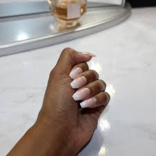 New youtube video on my $1 home manicure. See where i got my nails from and  how i style them. Ig: Thefashionistabarbie | Youtube: Ashley jeter