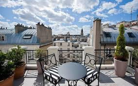 On a historic street in smart St-Germain-des-Prs, L'hotel is surrounded by  art galleries and antiques shops.