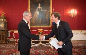 the new us ambador to austria trevor traina presented president alexander van der bellen with his letter of accreditation at the vienna hofburg