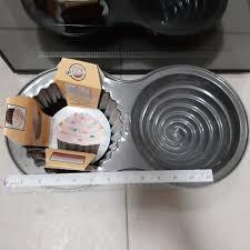 Wilton Cupcake Cake Bake Baking Pan Home Appliances Kitchenware On
