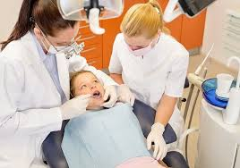 What Can You Do With A Dental Assistant Diploma Vista College