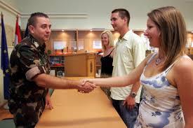 """Képtalálat a következőre: """"önkéntes katona"""""""