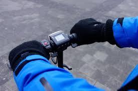 4 conseils pour rouler sans risque en trottinette électrique en hiver -  Tinynews