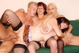 Naked boys and girl beach stanford cheerleader dorm sextape.