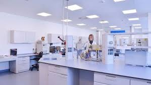 What are the best ways to sell B2B particularly Laboratory
