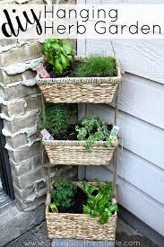 apartment herb garden. Plain Garden DIY Hanging Herb Garden  Apartment Garden Small Spaces To M