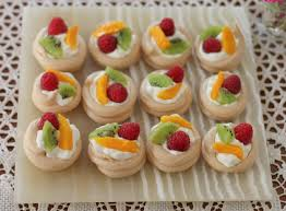 Bite-Sized Pavlovas | 17 Christmas Party Food Ideas | Easy To Prepare Finger  Foods