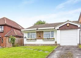 Thumbnail 2 Bed Bungalow To Rent In Ridge Langley, Sanderstead, South  Croydon