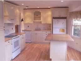 Best Kitchen Tile Floor Kitchen Tile Floors With Oak Cabinets Home Design And Decor