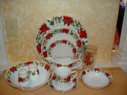 Gibson Housewares, Poinsettia, Christmas China Replacements