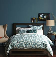 Teal Bedroom Makes A Dramatic And Colorful StatementTeal Room Designs