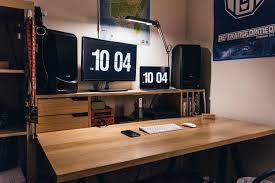 macbook pro 2016 diy desk setup