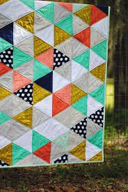Dandelion Drift Triangle Quilt with Cotton and Steel Fabric ... & Dandelion Drift Triangle Quilt with Cotton and Steel Fabric Adamdwight.com