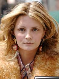 mischa barton stars without make up pictures now magazine celebrity gossip