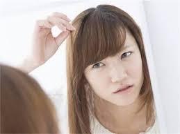 女性の白髪染め2つの選択肢明るく暗くあなたに合うのはどっち