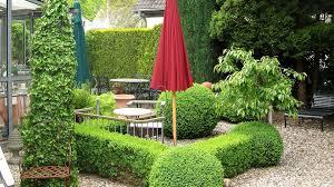 Gartengestaltung Bilder Kleiner Garten Bequem On Moderne Deko Gartengestaltung Kleiner Garten Modern Gartens Max