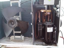 compresor de aire acondicionado. unidad interior: incluye el intercambiador de calor refrigerante/aire interior, ventilador y filtro aire. compresor aire acondicionado n