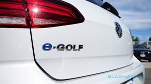 2018 volkswagen e golf range. simple range the fundamental improvements over the old egolf are range and charging  volkswagen has slotted in a new 358 kwh battery u2013 up from 242 2016  with 2018 volkswagen e golf