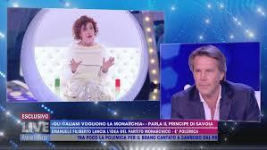 Emanuele Filiberto al centro dell'arena - Live - Non è la d'Urso Video