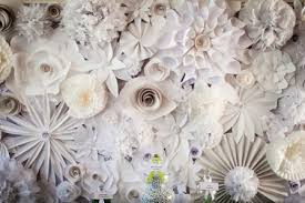 White Paper Flower Wall Paper Flower Wall Our Diy Crush 128 South Bakery 105