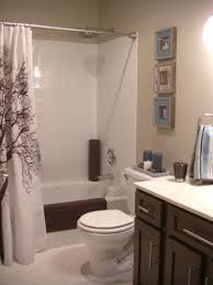 Cottage Bathrooms HGTV - Small bathroom makeovers