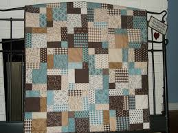 Craizee Quilting Tutorials: Disappearing 9 Patch & You will need 9 charm squares (5' x 5