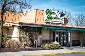 here s what you need to know about olive garden s secret taste of home
