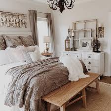 cozy bedroom decor. Simple Decor Rustic Decorating Ideas For Bedroom  Intended Cozy Bedroom Decor T