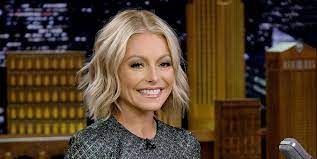 Kelly Ripa Responds to Fans Who Think ...