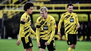 Borussia dortmund gmbh & co kgaa is a professional soccer club that plays in germany's first division. Aufbaugegner Bvb Eine Chronik Der Probleme Von Borussia Dortmund Mit Krisenklubs Sportbuzzer De