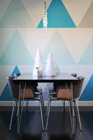 Wand Streichen Muster Ideen Esszimmer Blaue Dreiecke