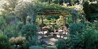 how to create a backyard garden 14 beautiful lush and organic tips