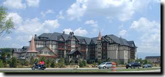 The Inn At CHRISTmas Place Pigeon Forge TN (888) 465-9644