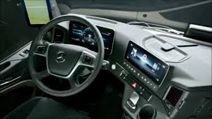 It's engaging and easy to drive, with a comfortable interior and plenty of intuitive technology. 2020 Mercedes Benz Actros Interior 2020 Youtube