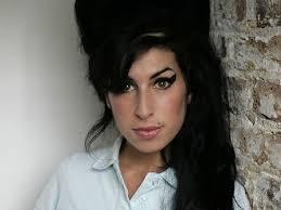 Resultado de imagen para Winehouse junto al rapero Nas