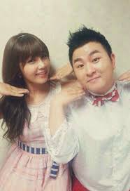 labelmates huhgak and apink s eunji are going to collaborate once again for new song break up to make up and the mv teaser is released