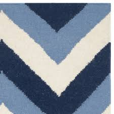 safavieh dhurries navy light blue chevron area rug