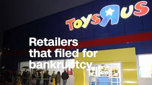 toys r us has won approval to pay 16 million in bonuses to 17 top executives if the pany hits financial targets during the holiday ping season
