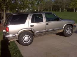 Picture of stock blazer with 30 inch tires? - Page 2 - Blazer ...