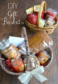 easy gift basket ideas perfect for a house warming gift with printable recipe for