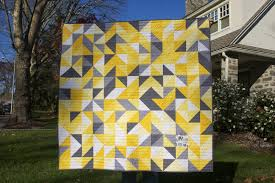 Momotaro Makes: Gray, Yellow, and White Baby Quilt & So I placed that one square of print fabric in the bottom right of the quilt . Adamdwight.com