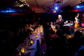 jack jones performed in the famously narrow confines of the oak room at the algonquin hotel