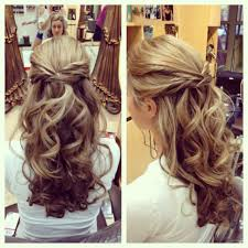 Bridal Hair Half up Half Down. Very close to what I want to do.
