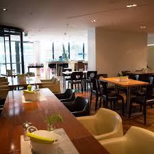 Undsohn Restaurant Mitten Im Mediapark Köln Mittagstich Event