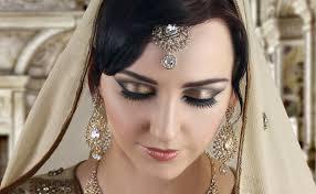latest makeup trends bronze