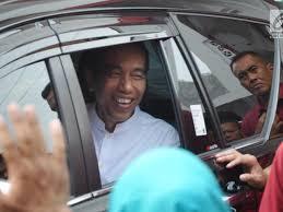 Tafsir Mimpi Melihat Presiden Naik Mobil