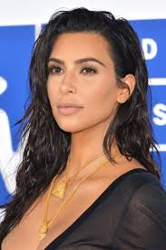 the most part you can bet her brows will be soft feathery and natural a look she already rocked flawlessly at the 2016 vma s and in the vid below