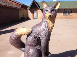 Fox | & It is located on the West side of White Mountain Blvd., next to the Country  Creations Quilt Shop and E & E Services. Adamdwight.com