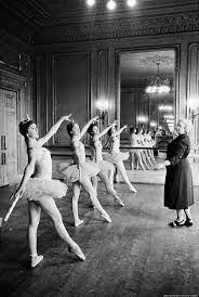 Ballet teacher Marjorie Middleton instructing her pupils in ballet  positions during a lesson in one of the studios …   Ballet history, Ballet  studio, Vintage ballet